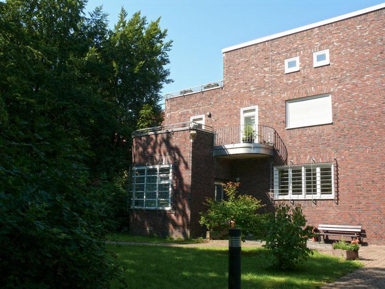 Rückseite Machbarkeitsstudie, Konzeption und Finanzierung für eine Kita der FH Dortmund Planquadrat