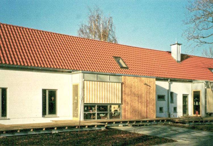 Rückseite Neubau der Kindertagesstätte - Am Kurpark - Bad Lauchstädt - Planquadrat Dortmund