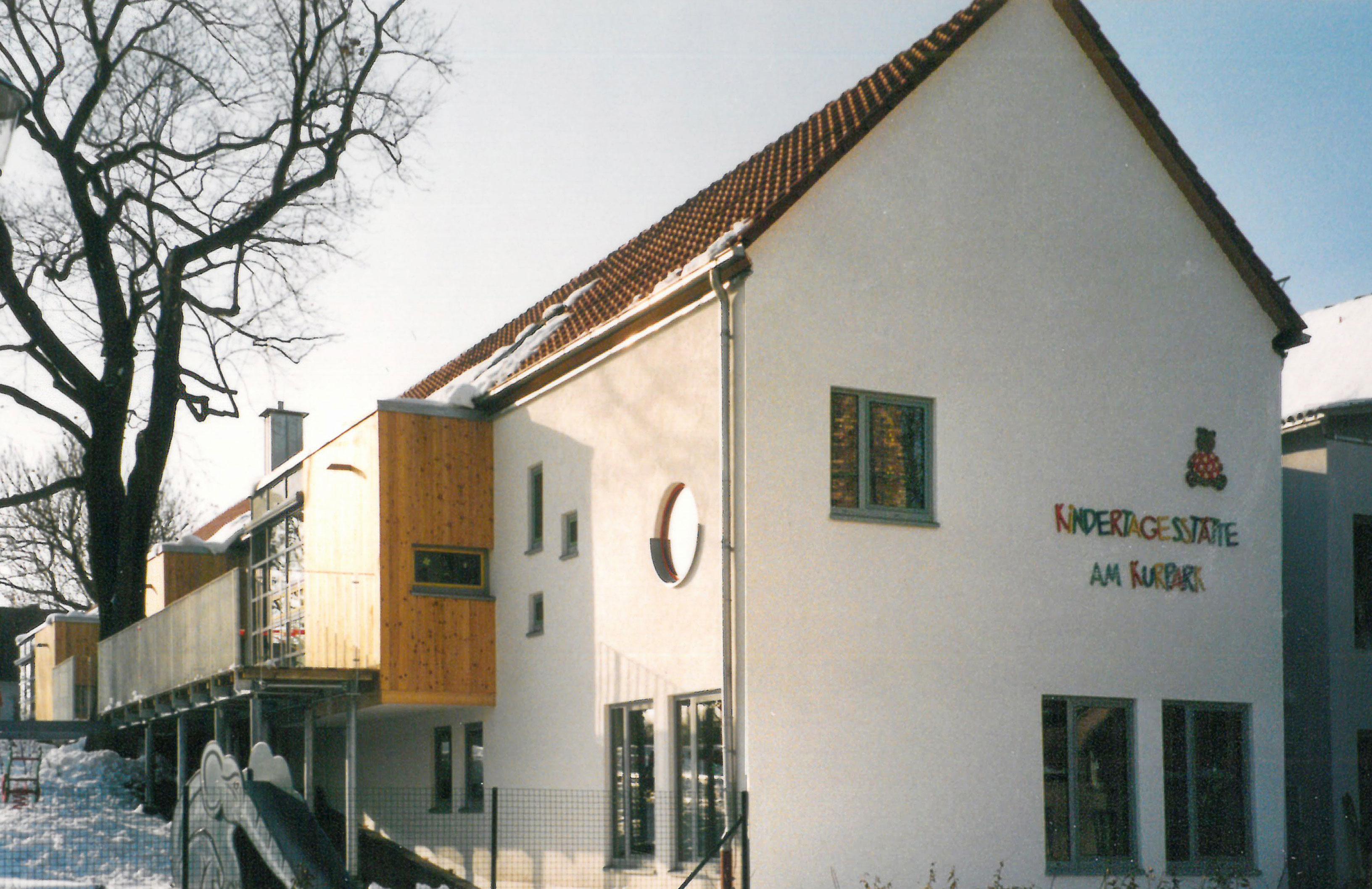 Straßenseite Neubau der Kindertagesstätte - Am Kurpark - Bad Lauchstädt - Planquadrat Dortmund