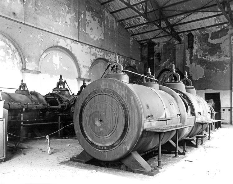 Foerdermasch vorher 1 Nutzungsneutrale Sanierung der Zentralmaschinenhalle, Fördermaschinenhalle I/II und des Transformatorengebäudes der Zeche Waltrop Planquadrat